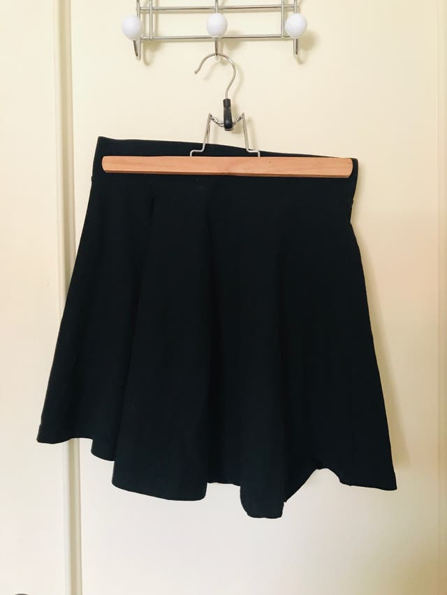 Falda y shorts