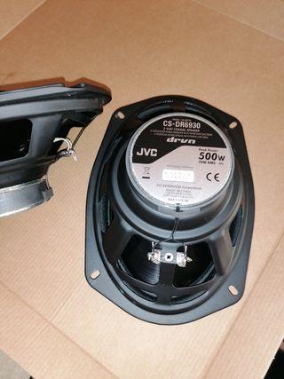 Altavoces JVC 500 W