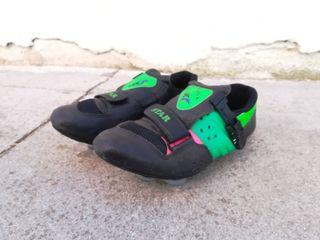 Zapatillas John Luck ciclismo