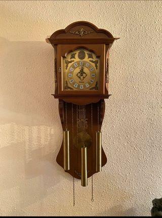 Reloj de pared péndulo Junghans