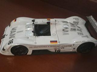 coche competición maqueta metal BMW