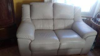 Juego de sofa 3X2 plazas en piel blanco
