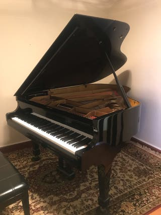 "PIANO DE COLA ""SAMICK SG-185"