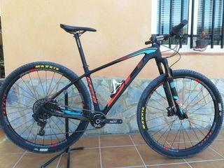 bicicleta mtb BH ultimate carbono