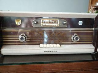 Radio Antigua Philips año 1959