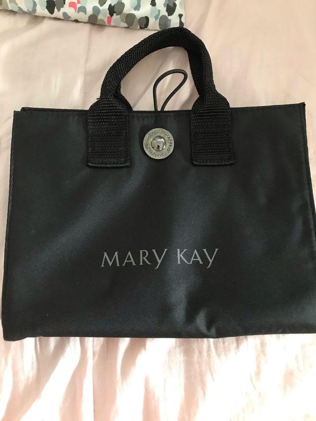 MINI BOLSO DE MAQUILLAJE MARY KAY