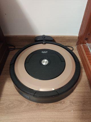 iRobot Roomba 895 con WiFi y app