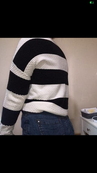 Black and white stripe jumper