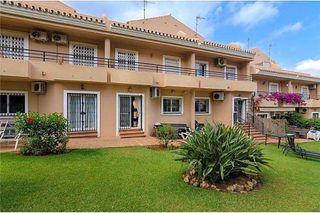 Chalet en venta en Cabo Pino - Reserva de Marbella en Marbella