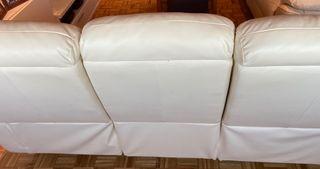 Sofa Piel Beige