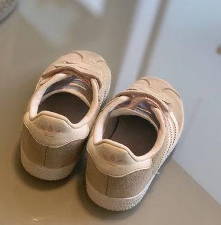 Zapatillas Adidas niña Gazelle