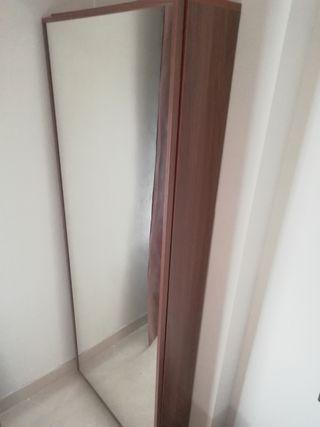 zapatero con espejo en nogal