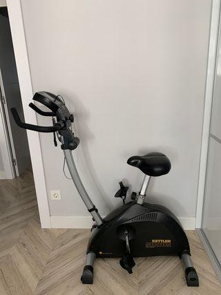 Bicicleta estática marca kettler semi nueva