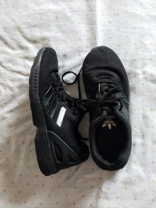 zapatillas deportivas negras talla 40 estil Adidas