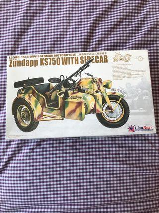 Maqueta moto Lion Roar Zundapp KS750 with Sidecar