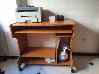 vendo escritorio madera pino + silla