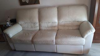 Sofa de piel blanco
