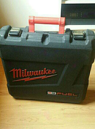 Maletin de Herramientas Milwaukee