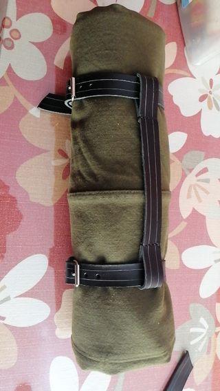 soporte o cinchas para manta moto custom