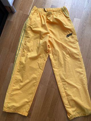Pantalon chandal puma amarillo