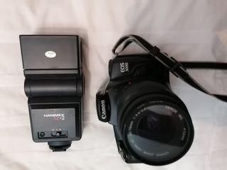 Conjunto cámara analógica y flash