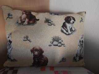 Cojín perritos