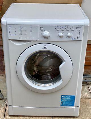 Lavadora secadora Indesit IWCD 71680