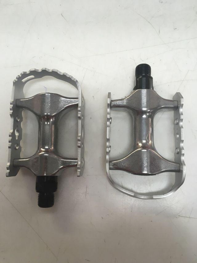 Juego de pedales de bicicleta BTT de aluminio
