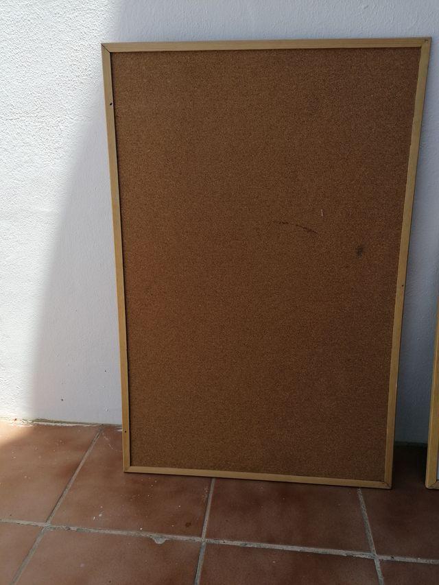Tablero de corcho 90x59 cm
