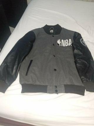 chaqueta de la NBA