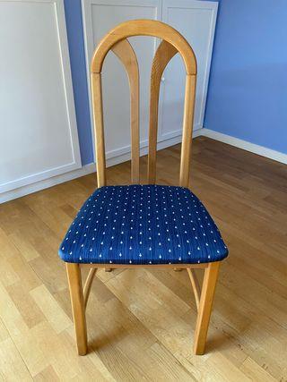 4 sillas de comedor tapizadas en tela