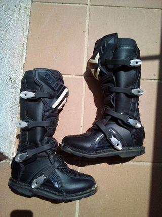 botas acebis