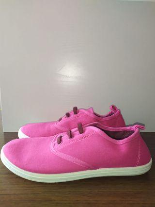 zapatillas nuevas de Lona para el verano, niña