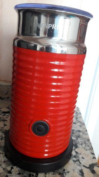 Aeroccino 3 rojo ( Nespresso)