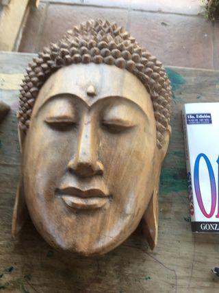Buda de madera maciza