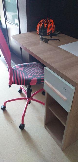 Escritorio I silla¡!.....