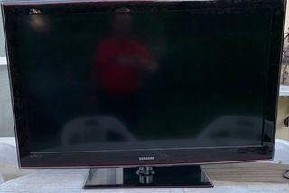 TV LCD Samsung 117cm