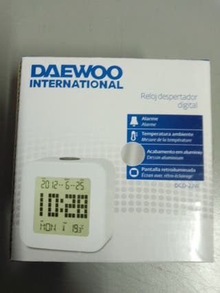 Reloj despertador digital Daewoo