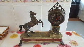 reloj antiguo BRONCE