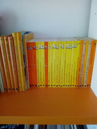 Colección de libros del barco de vapor