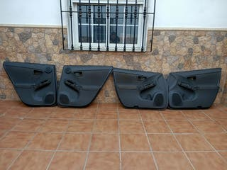 4 cartoneras de Toyota prius