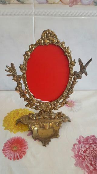 marco antiguo de bronce