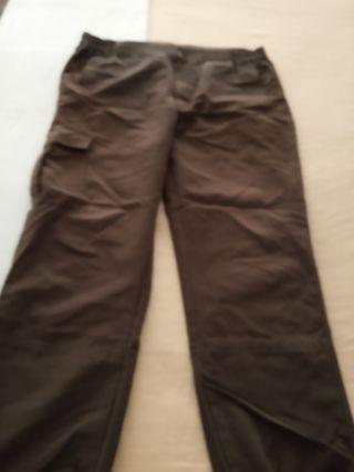 pantalón de montaña marron