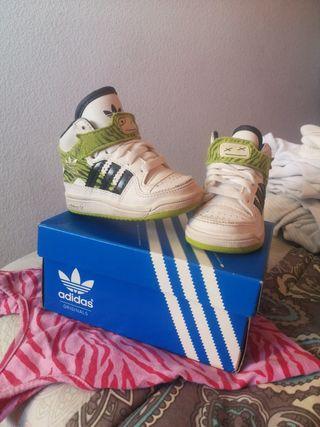 zapatillas bebe basket 19