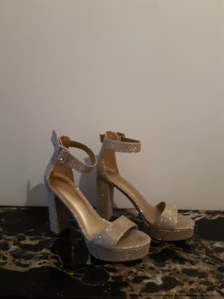 Zapatos purpurina dorados