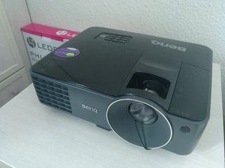 Proyector Benq MX520 + cable alimentación y HDMI