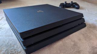 PS4 Pro + 9 Juegos