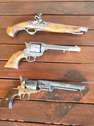 Pistolas a escala real