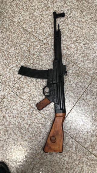 stg 44 (Sturmgewehr 44) WWII