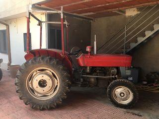 Tractor Massey Ferguson 145